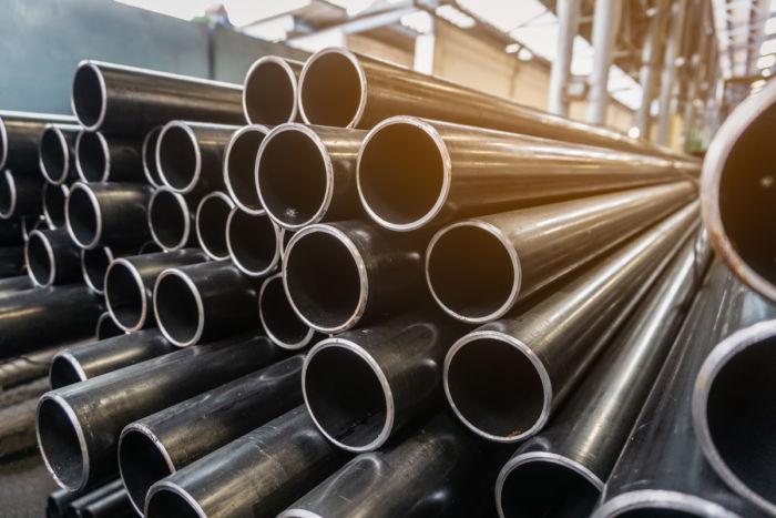 Lager mit Stahlrohren - GRUBER Holding, Sauerlach