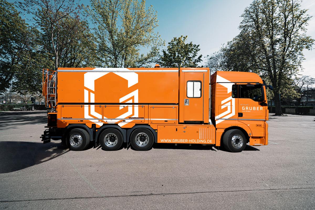 LKW Kanalreinigung - GRUBER GmbH